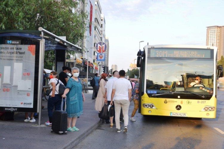 Bayram bitti İstanbul trafikle güne uyandı