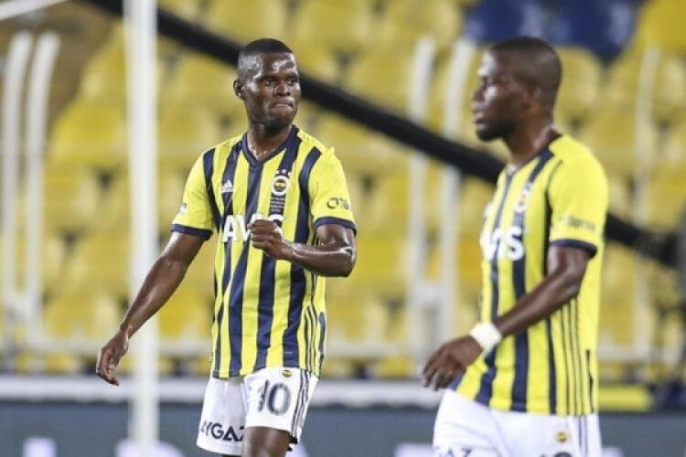 Fenerbahçe'nin golcüsü Mbwana Samatta sakatlandı