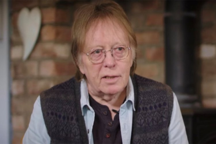 Ünlü gitarist John Hutchinson hayatını kaybetti