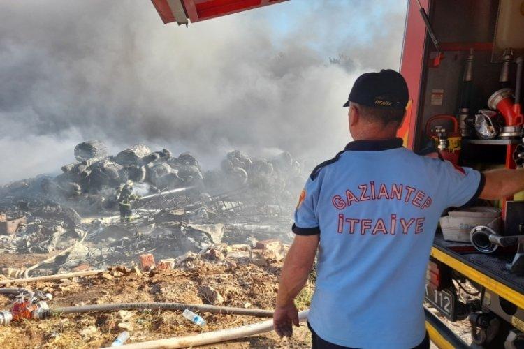 Gaziantep'teki yangın 6 saat sonra kontrol altına alındı