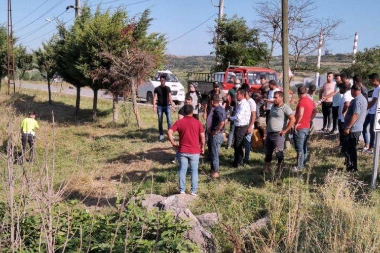 Bursa'da işçileri taşıyan minibüs kaza yaptı