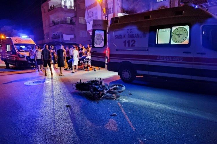 Otomobil ve motosiklet kaza yaptı