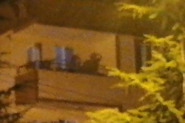 Bursa'da balkondan çevreye ateş açıp, 'Geliyorum beyler' diyerek tabancayla intihar etti