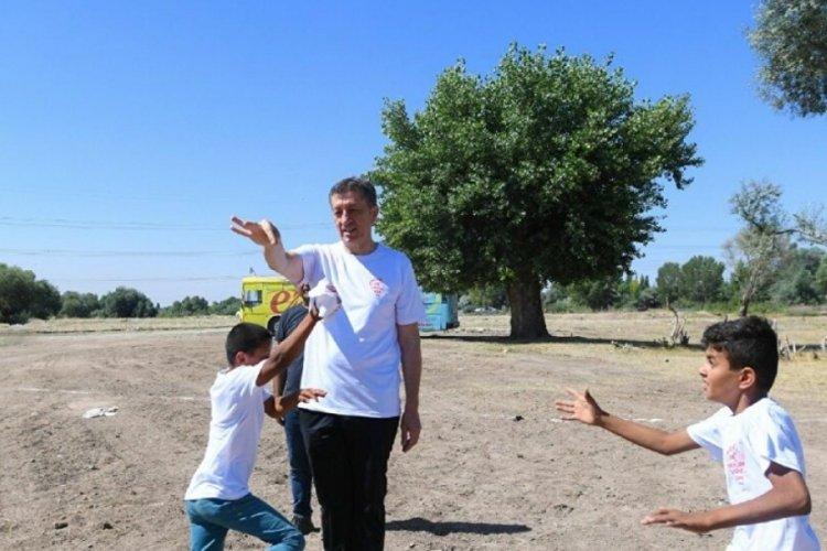 Bakan Selçuk: Tarım işçilerinin yoğun bulunduğu 11 ilimizde 'Mobil Okul' projesini başlatıyoruz