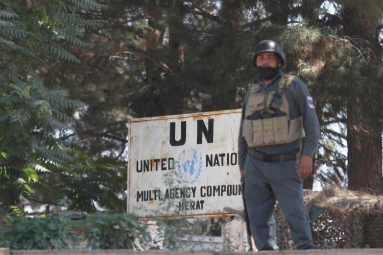 Afganistan'da BM merkezine saldırı