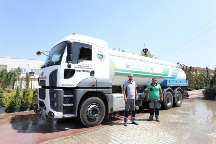 Bursa İnegöl Belediyesi'nden yangın bölgesine araç desteği