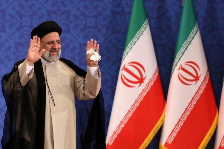 İran'ın yeni Cumhurbaşkanı mazbatasını aldı
