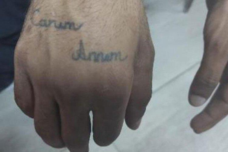 Hırsızı elindeki dövme yakalattı
