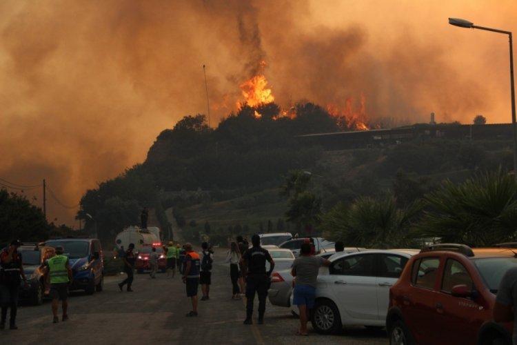 Muğla'da alevler Milas'ta bulunan termik santrale ilerliyor