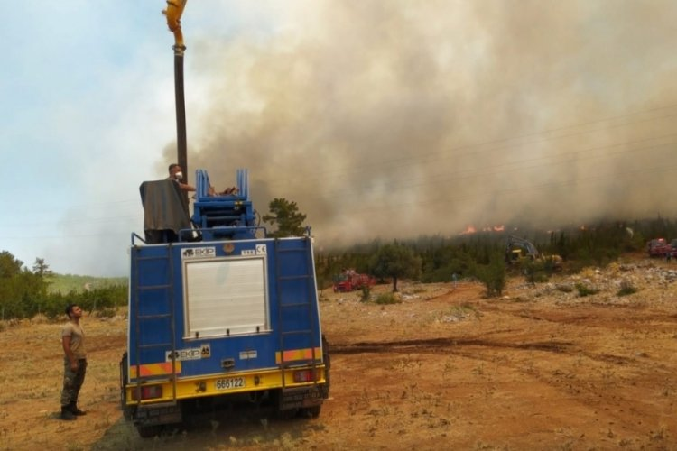 MSB: TSK yangınla mücadelede milletinin yanında