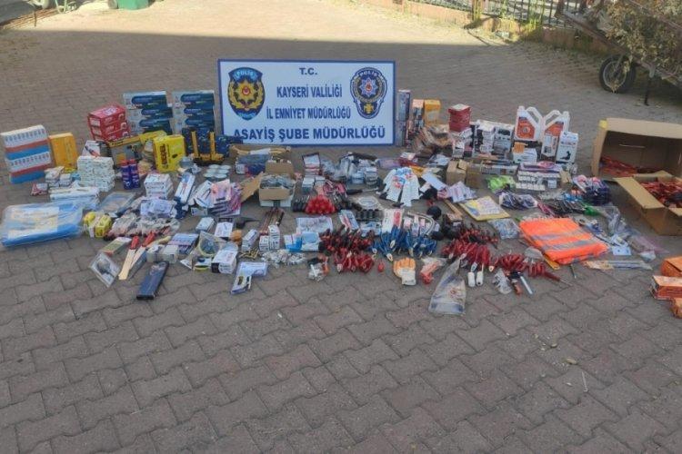 Çaldığı malzemeleri satmaya çalışan hırsız yakalandı