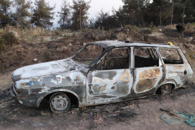 Manisa'da otomobilde çıkan yangın ormana sıçradı!
