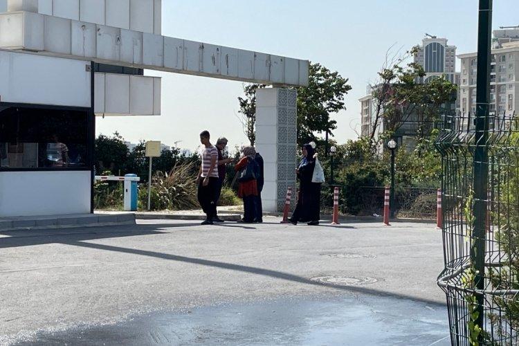 İstanbul'da 'Sopalı şifacı' kaçtı! Ofisinin önünde kuyruk bitmedi