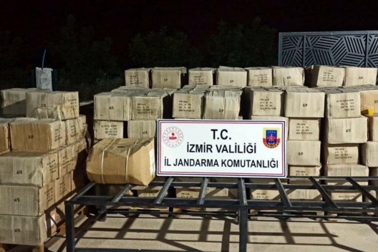 İzmir'de kaçak kozmetik ürünü üreten iş yerine baskın