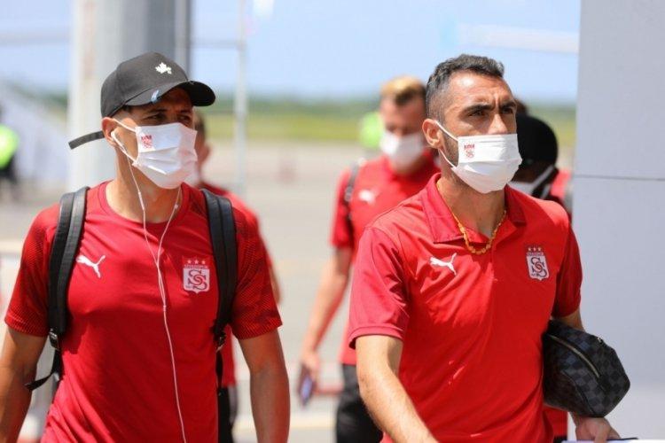 Sivassporlu ekip Batum'a ulaştı