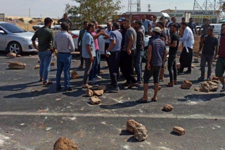 Şanlıurfa'da vatandaşlar elektrik kesintilerini protesto etti
