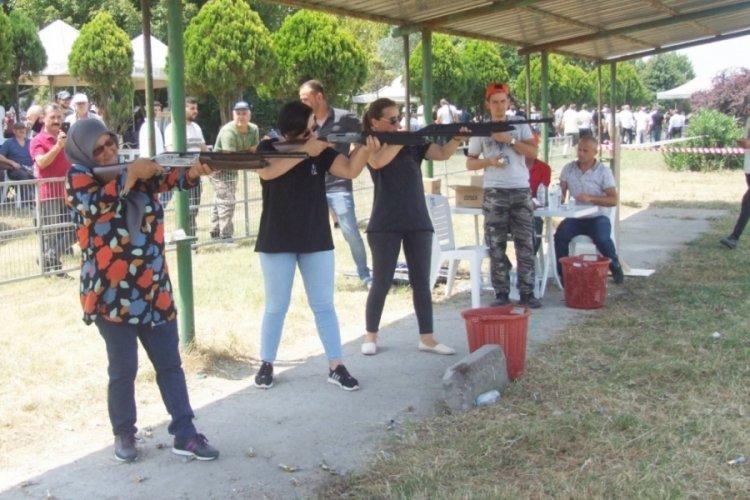 Bursa Mustafakemalpaşa'da Av Bayramı ve Atış Sporları Turnuvası düzenlendi