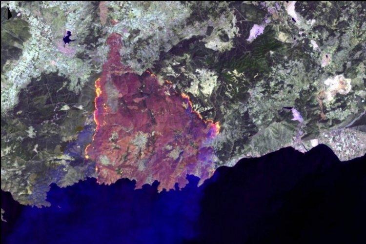 Manavgat, Marmaris ve Milas yangınları uydudan görüntülendi