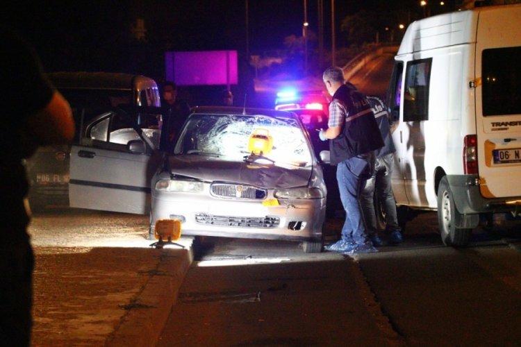 Ankara'da otomobilden indirilen kadın, bir başka otomobilin çarpmasıyla öldü!