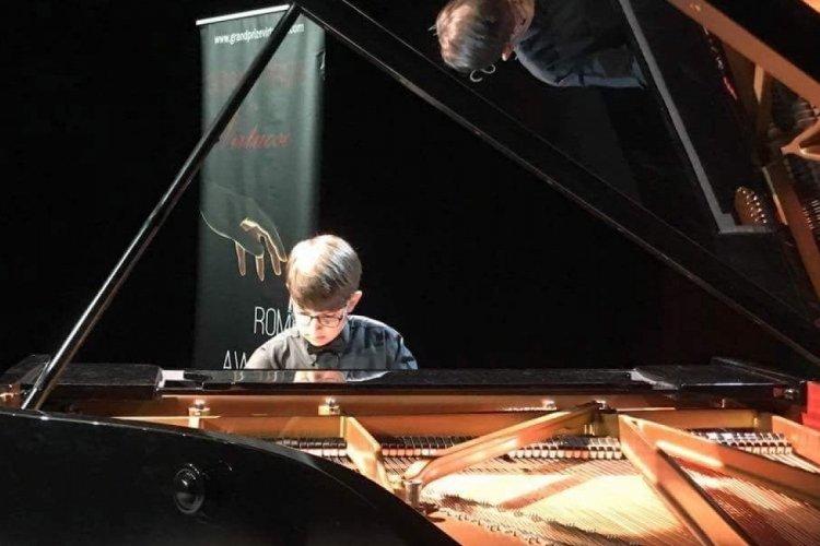 Bursa'daki genç piyanist Avusturya'da Joseph Haydn Konservatuvarı'nda eğitim alacak