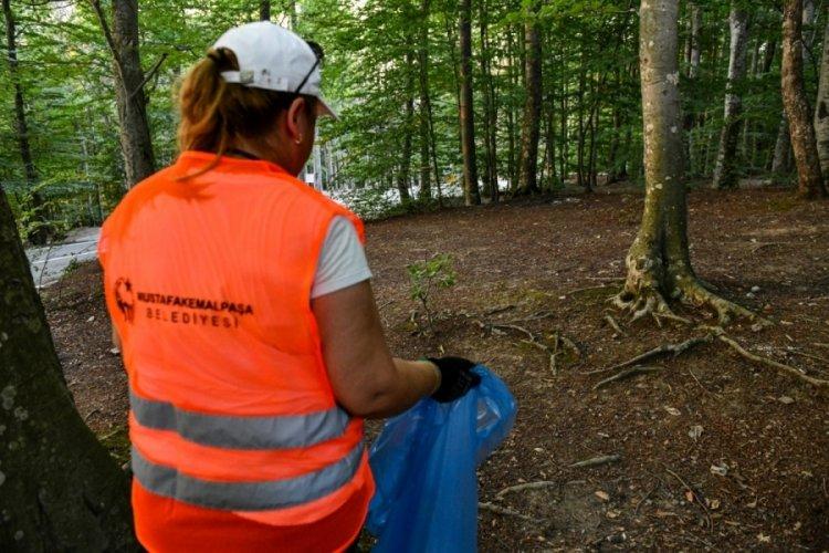 Bursa'da Mustafakemalpaşa ormanlarında temizlik seferberliği başlatıldı