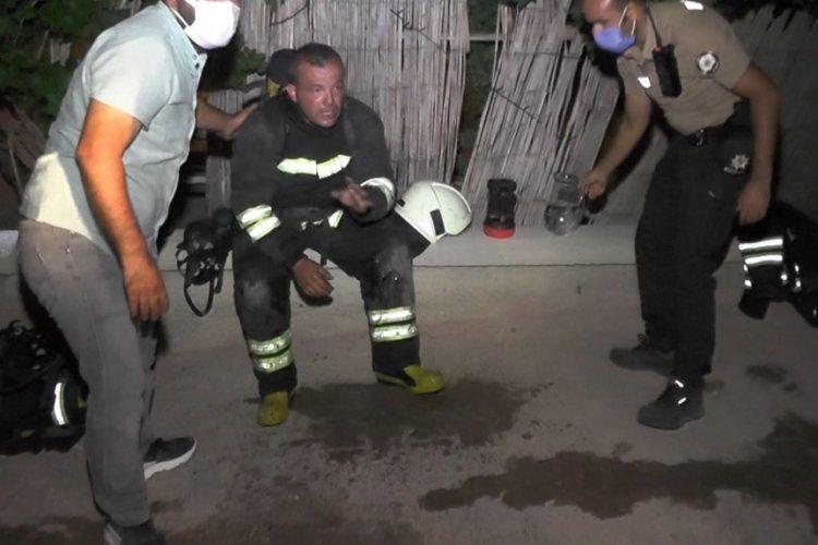 Konya'da otoparkta otomobil alev aldı! 8 kişi dumandan etkilendi