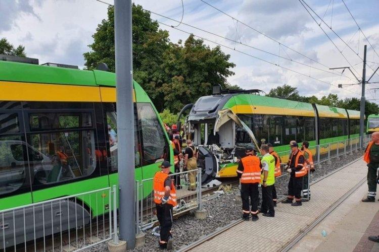 Polonya'da tramvay kazası: 31 kişi yaralı