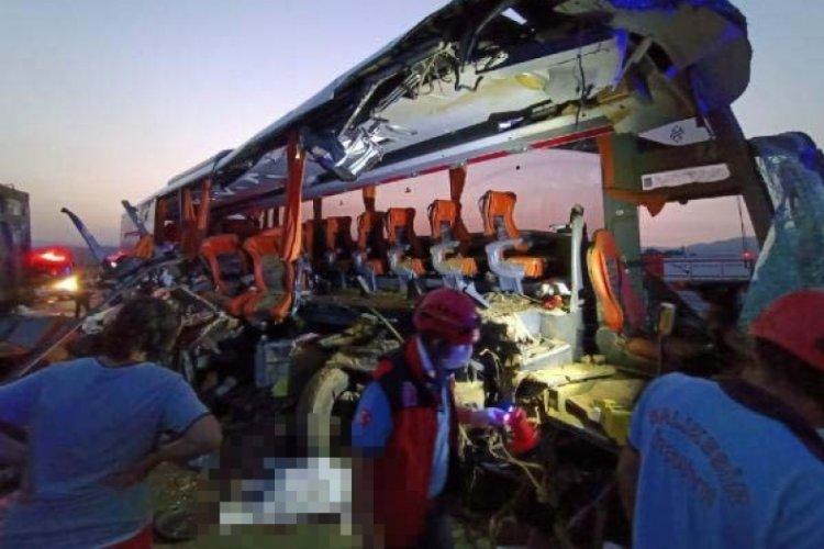 Soma'da feci kaza: Çok sayıda ölü ve yaralı var!