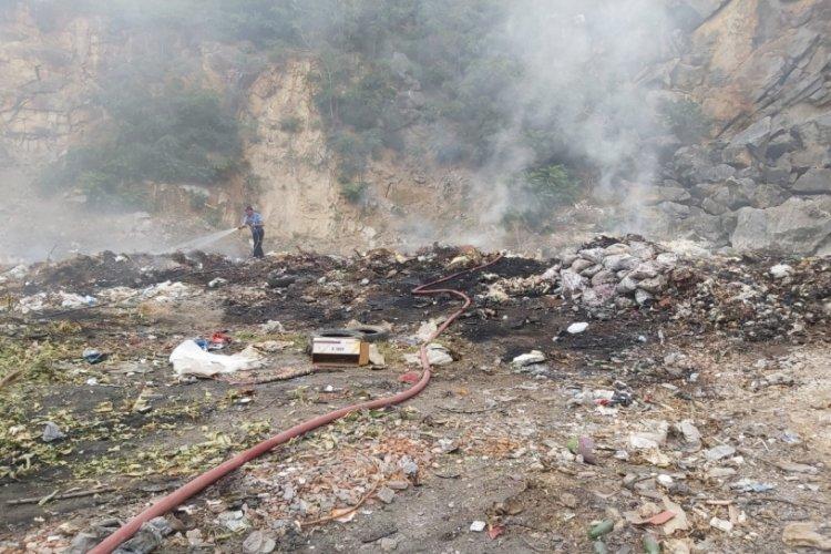 Bursa İznik'te çöplük yangını