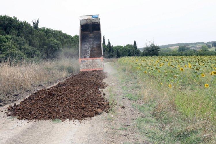 Bursa Mudanya Belediyesi'nden arazi yollarına yoğun mesai