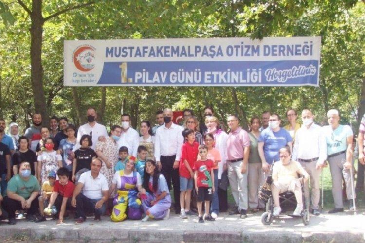 Bursa'da otizmli çocuklarla renkli faaliyet