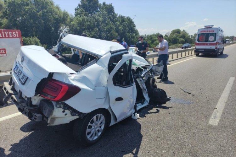 Bursa Karacabey'de kaza: 3 yaralı