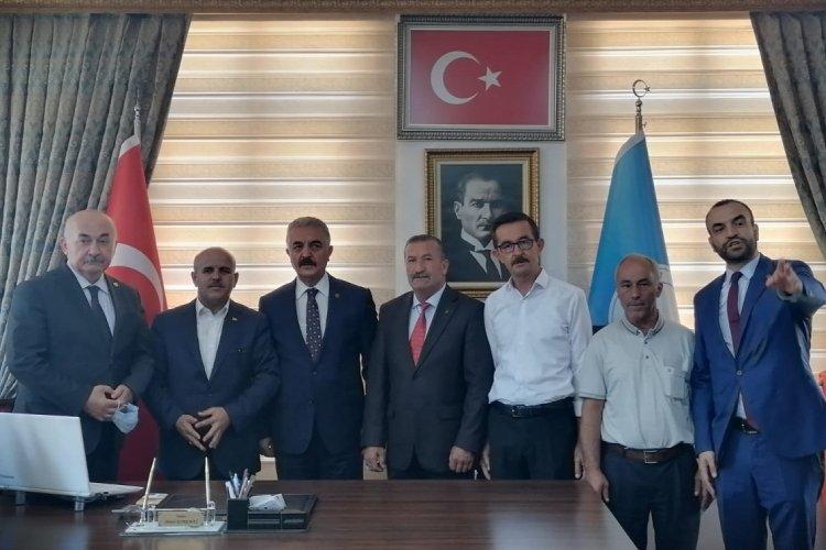 İsmet Büyükataman, Bursa Büyükorhan Belediyesi'ni ziyaret etti