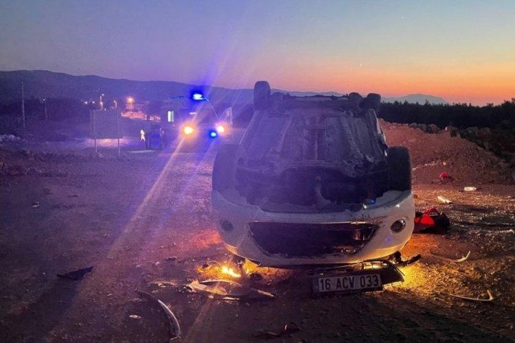 Bursa'da yolun bittiğini fark etmeyen sürücü kaza yaptı