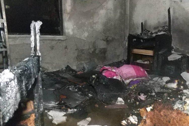 Uzaklaştırma kararı olan kız arkadaşının evini yaktı!