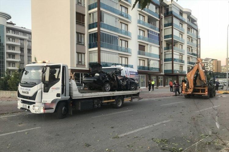 Konya'da feci kaza 3 kişi hayatını kaybetti