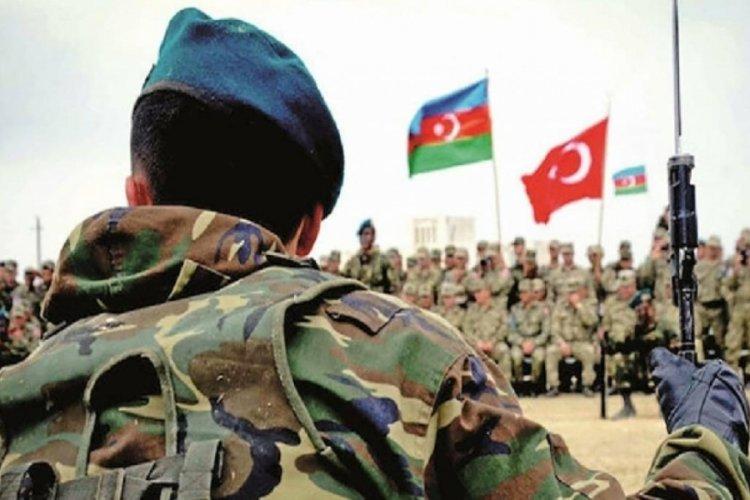 Türkiye ve Azerbaycan askeri Kabil'de omuz omuza!