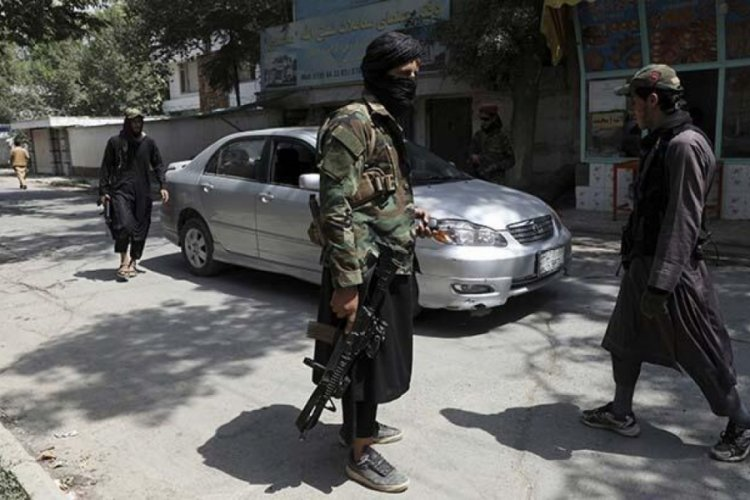 ABD'nin geride bıraktığı silahlar Taliban'ın eline geçti