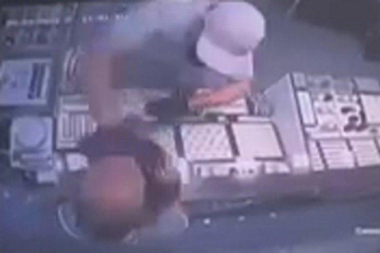 Kuyumcunun yüzüne taşla vurup, hırsızlık yapan kişi tutuklandı