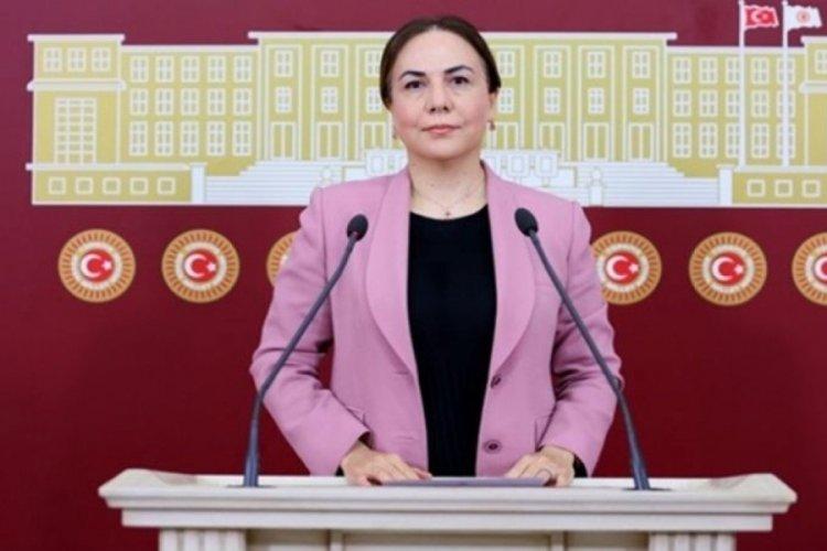 AK Partili milletvekili Zeynep Gül Yılmaz, aracını durduran polise hakaret etti