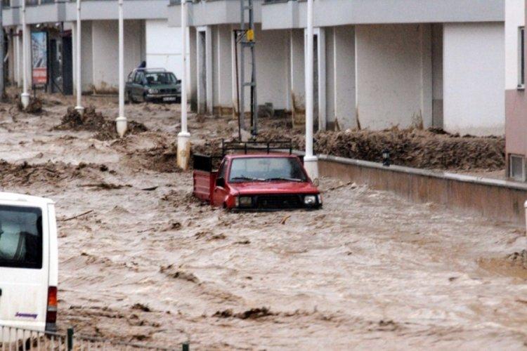 İklim değişikliğine dikkat! Sele sebep oluyor