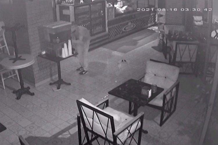 Hırsızlık yapan şahıs yorulunca limonata molası verdi