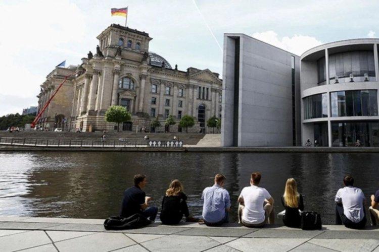 Almanya'nın 400 bin göçmene ihtiyacı var!