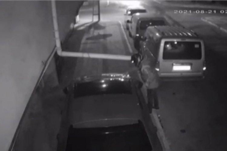 İstanbul Sancaktepe'de arazi anlaşmazlığı yaşadığı kişinin otomobilini kundakladı