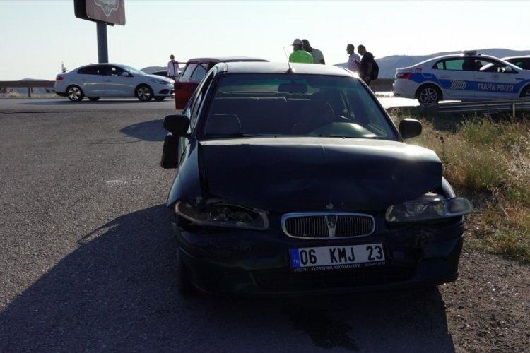 Kırıkkale'de iki ayrı kazada 7 kişi yaralandı