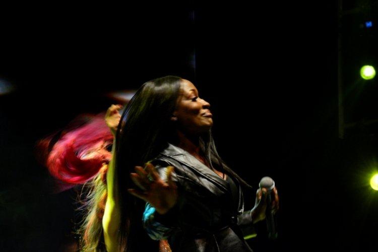 Bursa Festivali'nde Della Miles konser verdi