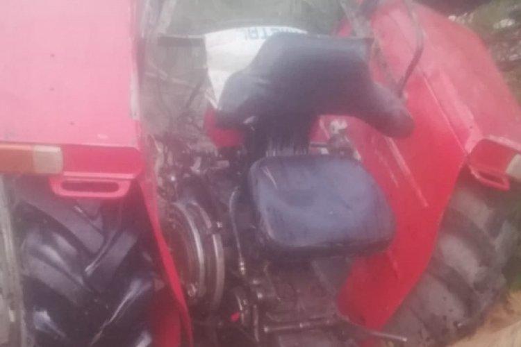 Traktör kazasında sürücü hayatını kaybetti