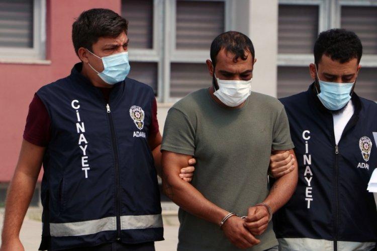 Adana Yüreğir'de tartıştığı 2 kardeşi bıçakladı