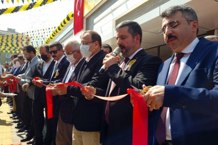 Bursa'nın en ucuz marketi açıldı!