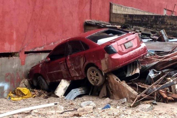 Venezuela'da toprak kayması nedeniyle15 kişi öldü